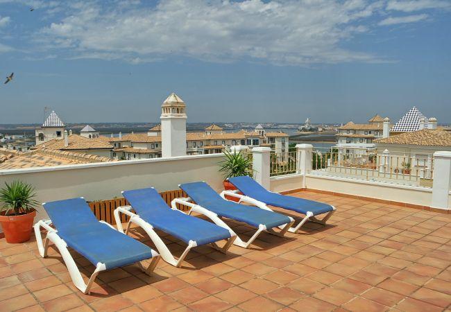 Apartamento en Punta del Moral - Las Dunas 150 ***